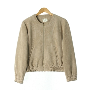 UNIQLOSKIRT( WOMAN )