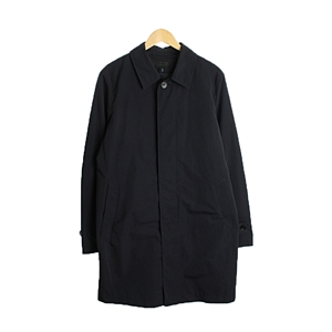 UNIQLO  COATUNISEX